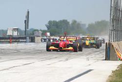 Sébastien Bourdais leads lap 1
