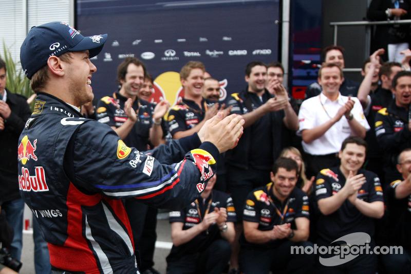 Red Bull team celebration, Sebastian Vettel, Red Bull Racing