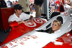 Darren Manning and Tara Reid