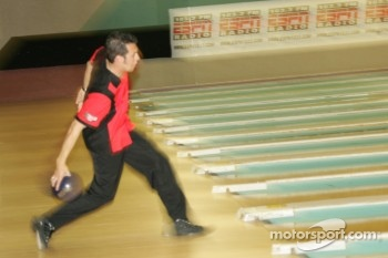 Sam Hornish Jr. plays bowling