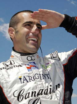 Dario Franchitti looks for another win today