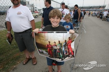 A young fan at the autograph session