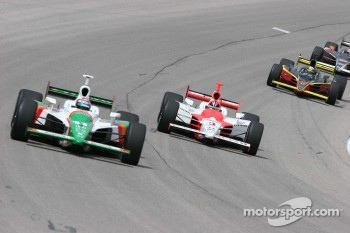 Tony Kanaan leads Helio Castroneves and Vitor Mira in practice
