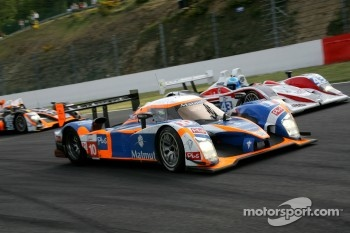 #10 Team Oreca Matmut Peugeot 908 HDi-FAP: Nicolas Lapierre, Loic Duval, Olivier Panis