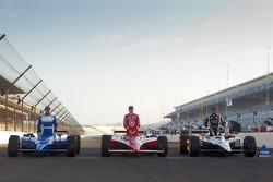 Front row photoshoot: pole winner Alex Tagliani, Sam Schmidt Motorsports, second place Scott Dixon, Target Chip Ganassi Racing, third place Oriol Servia, Newman / Haas Racing