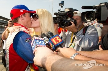 Alex Lloyd, Dale Coyne Racing celebrates qualifying for the race after a last-minute attempt with his girlfriend