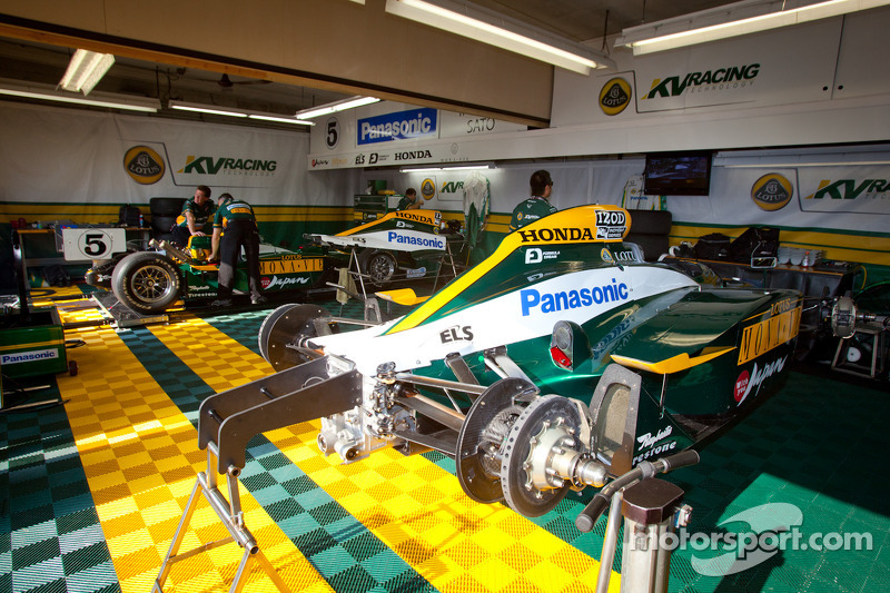 KV Racing Technology-Lotus garage area