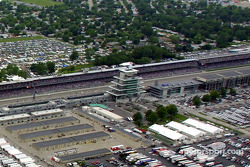Aerial view of Indianapolis Motor Speeway: Gasoline Alley, the main stretch and the pagoda