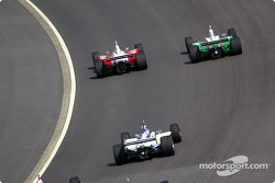 Scott Dixon leads the way during a restart