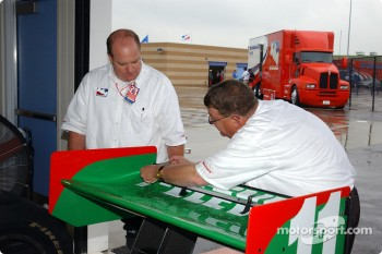 Andretti Green Racing at technical inspection