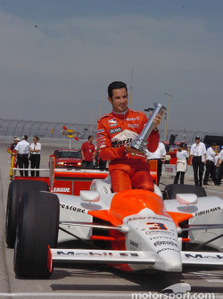 MBNA poe winner Helio Castroneves