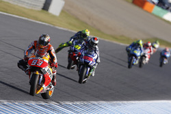 Marc Marquez, Repsol Honda Team; Jorge Lorenzo, Yamaha Factory Racing; Valentino Rossi, Yamaha Factory Racing