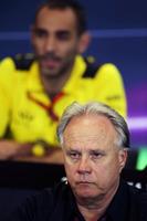 Formule 1 Photos - Gene Haas, président Haas Automotion lors de la conférence de presse de la FIA