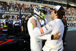 Jenson Button and Fernando Alonso, McLaren on the grid.