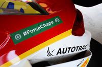 Stock Car Brasil Fotos - Coche de Shell con tributo al equipo Chapecoense
