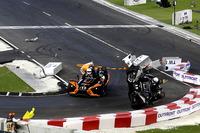 Unfall: Pascal Wehrlein und Felipe Massa, Polaris Slingshot SLR