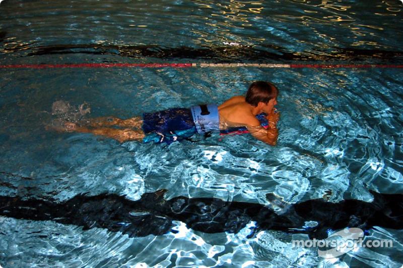 Aqua-therapy for Adrian Fernandez