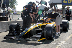 Oriol Servia spent much of the session in pit lane