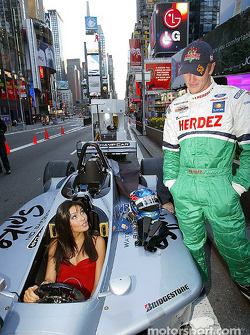 Ryan Hunter-Reay: 'Baby, you can drive my car'