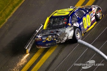 Crash on the last lap, exiting turn 4: David Reutimann, Michael Waltrip Racing Toyota
