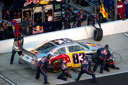 Pit stop for Brian Vickers, Red Bull Racing Team Toyota