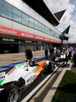 Pitlane atmosphere, Force India F1 Team