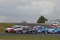 Tom Coronel, BMW 320 TC, ROAL Motorsport and Gabriele Tarquini, Seat Leon 2.0 TDI, Lukoil - Sunred