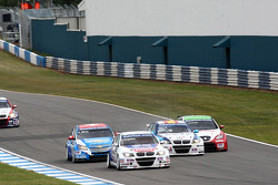 Alain Menu, Chevrolet Cruze 1.6T, Chevrolet, Franz Engstler, BMW 320 TC, Liqui Moly Team Engstler, Javier Villa BMW 320 TC, Proteam Racing and Gabriele Tarquini, Seat Leon 2.0 TDI, Lukoil - Sunred
