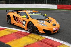 #58 McLaren GT McLaren GT: Rob Bell, Chris Goodwin, Tim Mullen