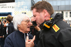 Bernie Ecclestone with Paul Hembery of Pirelli