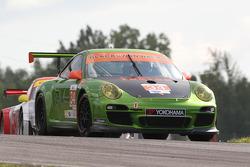 Green Hornet/Black Swan Porsche 911 GT3: Peter LeSaffe, Andrew Davis