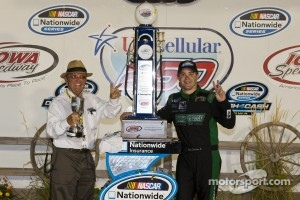Victory lane: race winner Ricky Stenhouse Jr. Celebrates with Jack Roush