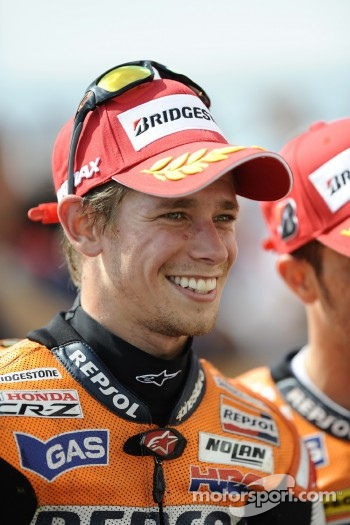 Race winner Casey Stoner, Repsol Honda Team celebrates