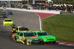 Mike Bliss, Smith Chevorlet and Danica Patrick, JR Motorsport Chevrolet battle