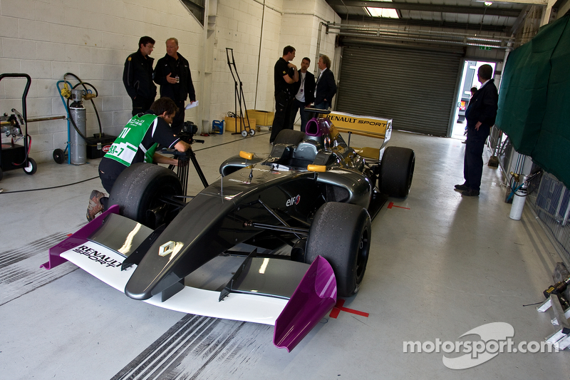 The New Formula Renault 3.5 car on its first public outing.
