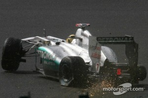 Michael Schumacher, Mercedes GP F1 Team crashes