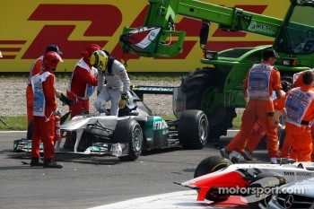 Nico Rosberg, Mercedes GP F1 Team aftre a crash caused by Vitantonio Liuzzi, HRT F1 Team