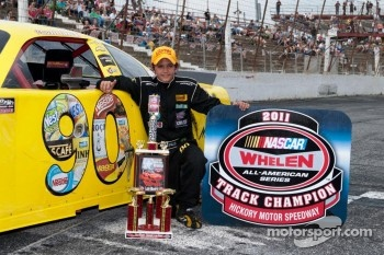Pietro Fittipaldi, Hickory Speedway Track Champion in the NASCAR Whelen All American Series