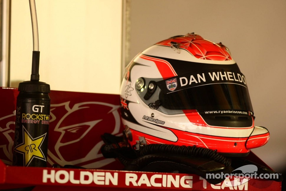 Ryan Briscoe helmet