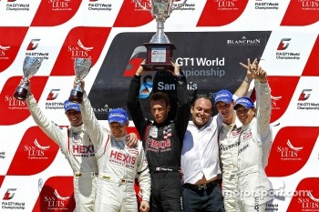 Podium: team champions Team Hexis