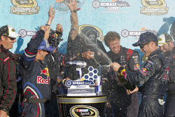 Victory lane: race winner Kasey Kahne, Red Bull Racing Red Bull Toyota celebrates