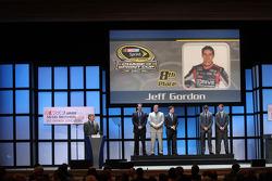 Jeff Gordon, Denny Hamlin, Ryan Newman, Kyle Busch and Kurt Busch
