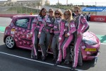 #84 RacingDivas.nl Renault Clio RS Cup: Liesette Braams, Sheila Verschuur, Paulien Zwart, Sandra van der Sloot, Gaby Uljee