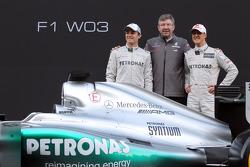 Nico Rosberg, Mercedes GP with Ross Brawn, Mercedes GP Team Principal andMichael Schumacher, Mercedes GP- Mercedes F1 W03 Launch