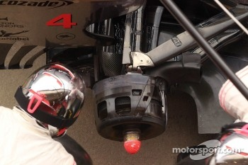 McLaren rear brake and suspension