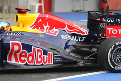 Sebastian Vettel, Red Bull Racing rear wing and exhaust