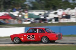 #82 Alfa Romeo GTV: Bill Abel