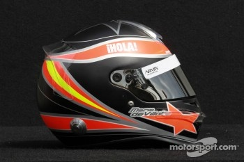 Maria de Villota, test driver, Marussia F1 Team helmet 