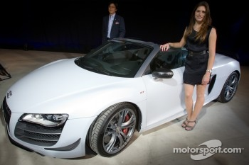 Audi R8 GT Spyder launch event in Tokyo: Cyndie Allemann and Audi Japan President Hiroshi Okita pose with the Audi R8 GT Spyder