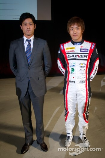 Tetsuya Tanaka and Katsuyuki Hiranaka
